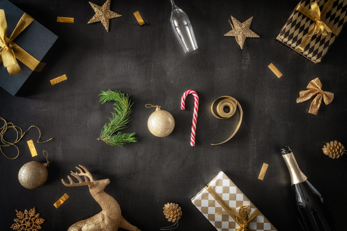 baubles-and-gifts-on-black-desk-72JN69W-1200x800.jpg